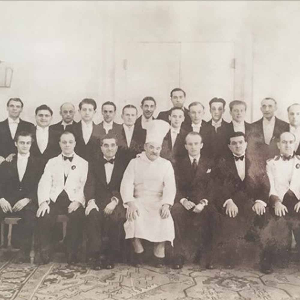 Oatlands Park Hotel team in 1939