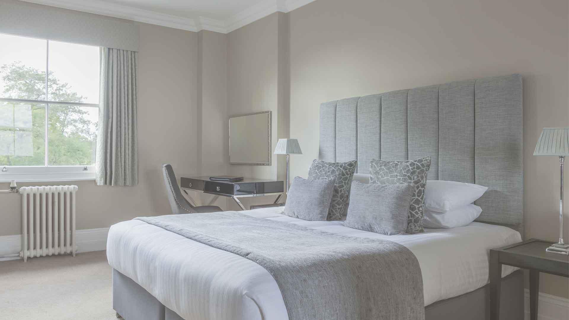 Advance purchase offer at Oatlands Park Hotel