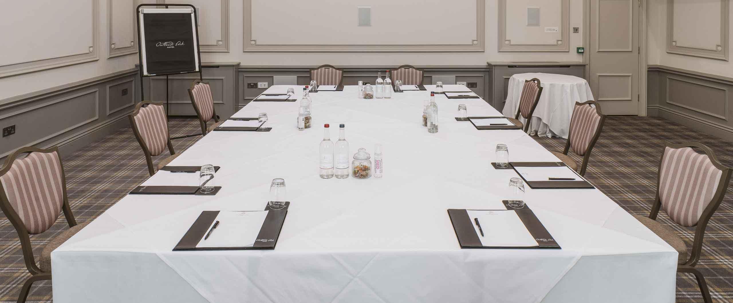 Cromwell meeting room