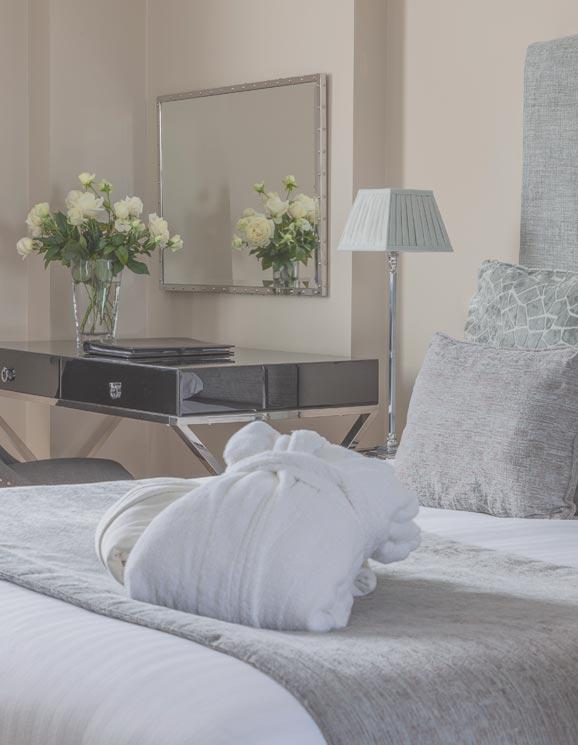 Oatlands park hotel feature room detail